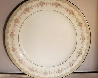 Noritake Japan Dinner Plate, Glenwood Pattern (5770)