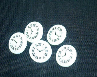 Set of 5 buttons fancy child white clock