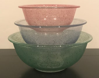 Set of Pyrex Confetti/Paint Splatter/Speckled Nesting Bowls