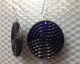 Textured minidisc earrings in cobalt blue.