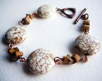 Bracelet fait main de Pierre & métal avec magnésite blanche et brune photo Jasper