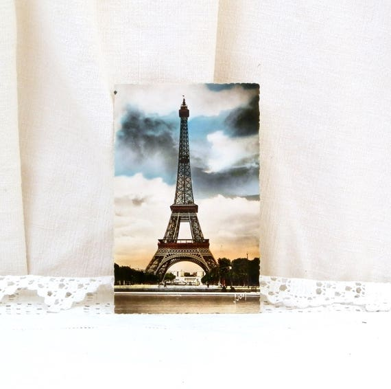 Vintage Unused Postcard of the Eiffel Tower in Paris France, Glossy Colored Black and White French Post Card the Tour Eiffel, French Decor