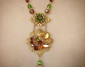 Green and amber toned necklace