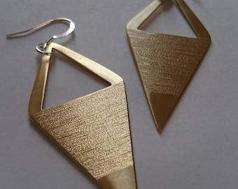 Arrow - Brass earrings