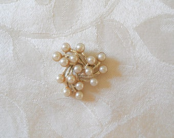Signed Emmons Gold Tone Pearls Vintage Pin Brooch