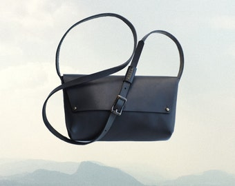 LEATHER Northwest CROSS BODY Bag | Black Leather Purse | Crossbody bag | Small Black Purse | Leather Handbag | X-Body Purse | X-Body Bag