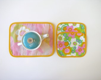 kitsch fabric coasters - floral mug rug - vintage fabric trivets - green pink yellow set of 3x - hostess gift - mod floral home decor