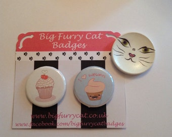 Pair of cupcake badges.
