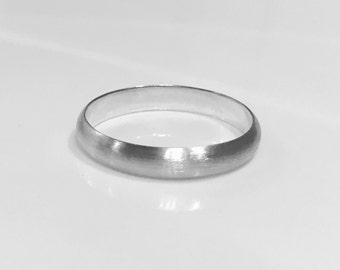Stering Silver Chunky Halo D Band