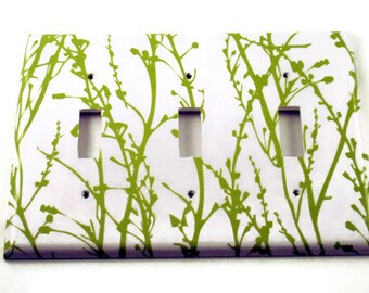 Triple Switch Plate  Light Switch Cover Switchplate Wall Decor in  Green Grass  (128T)