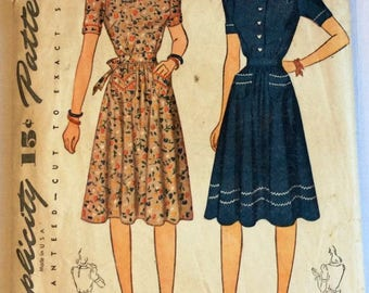 Simplicity 4102 vintage 1940's woman's dress sewing pattern size 16 bust 34 inches
