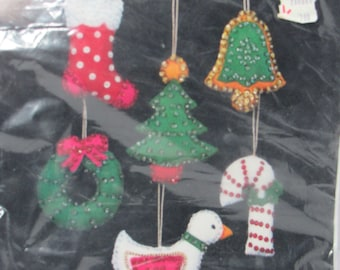 Sultana Christmas Needlecraft Kit, Sparkler Minis', Jeweled Ornaments, No. 32177