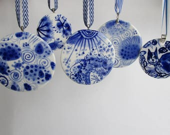 Hand painted porcelain round ornament /wall hanging/Christmas tree  decoration- Blue and white Dutch Delft
