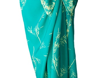 Beach Sarong Skirt Womens or Mens Clothing - Batik Pareo - Long Wrap Skirt - Aqua Green & Cream Beach Cover Up Bamboo Sarong - Spa Wrap