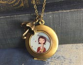 Antique Locket - Catching...