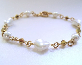 White Pearl Bracelet, White and Gold Elegant Bracelet, White Bridal Jewelry, Faux Pearl Wedding Jewelry
