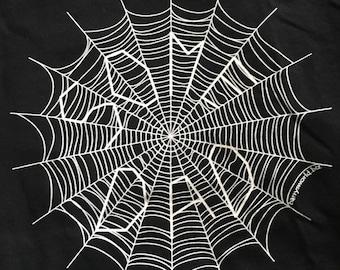 "Charlotte's Web ""Some Dad"" Medium Black Shirt with Spider Web ""Some Pig"""