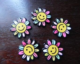 New! 5 flowers Daisy embellishment