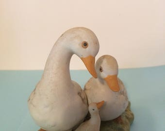 Homco #1425 White Ducks Family