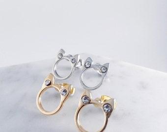Cat collectors' favorite - earrings in sliver / gold; cat pierce, cat earrings, cat accessories