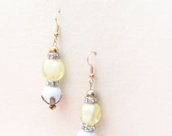 Vintage Assemblage Earrings. !950s Style. Mod Beaded Dangle Earrings White, Cream, Rhinestones