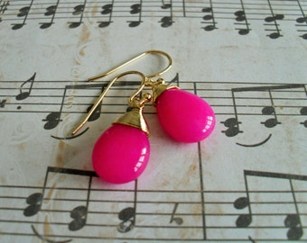 Gold Wire Wrapped FUCHSIA JADE Drop EARRINGS / Hot Pink /  Semi Precious Stone / Dangle / Bridesmaid / Gold wire / Under 20 dollars gift box