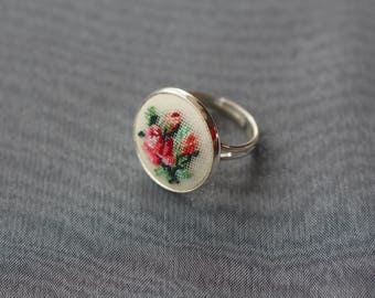 "Ring ""Bouquet of delicate roses"" 18 mm"