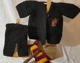 Newborn crochet Gryffindor Harry Potter Outfit