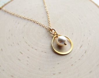 Pearl Necklace, Gold Infinity Pendant, Gold Bridesmaid Necklace, Infinity Charm, Gold Necklace, 14kt Gold Filled, You Choose Pearl Color