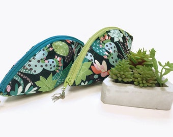 Cacti Print Zippered Pouch, Tampon Keeper, Lined Tech Stash Pod, Small Gift Pouch, Candy Stash Bag, Menstrual Cup Pouch,