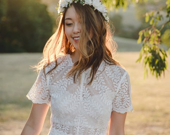 blossom and forest bridal wedding flower crown // Flore - IVORY / bohemian floral headpiece flower crown / rustic wedding flower crown