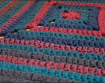 Cristmas Rug Crochet Granny Square  - Traditional Rug colorful carpet Cristmas colors