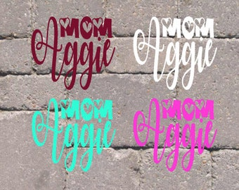 Aggie Mom hearts decal