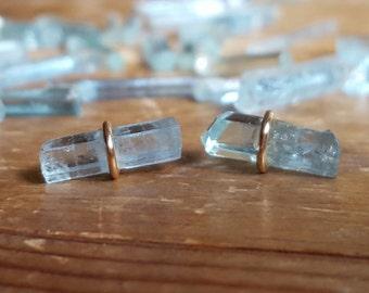 Raw Aquamarine Earrings Raw Aquamarine Stud Earrings March Birthstone Jewelry Raw Stone Raw Crystal Studs 14K Gold Stud Earring Womens Gift