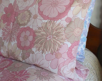 Vintage pink floral flower power st michaels psychedelic single pillowcase