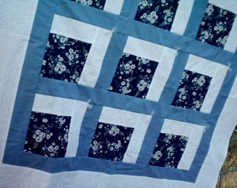 Small Flowers in Blue Baby Quilt