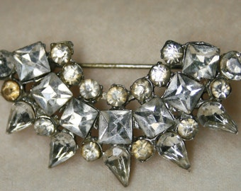 Vintage 1930s - Crown Brooch - Pin Featuring Tear Drop & Square Rhinestones - Half Moon Sun Design
