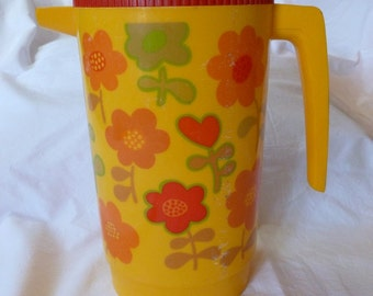 Flower Power Pitcher~~Alladinware Pitcher~~1970's Plastic Pitcher~~Vintage Floral Pitcher~~Yellow Pitcher~~1970's Kitchen