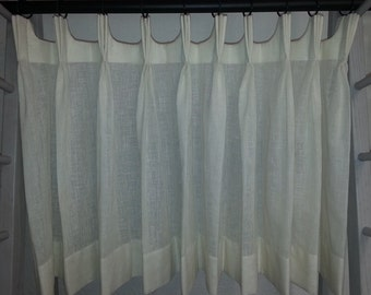 Cafe Curtains with scalloped pleating