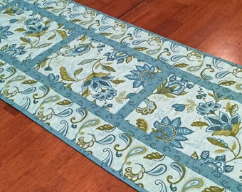 Teal Paisley Table Runner, Quilted Table Runner, Green Table Runner, Teal Decor, Quilted Dresser Runner, Table Runner Quilt, Cottage Decor