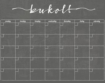 Chalkboard Calendar PRINTABLE!