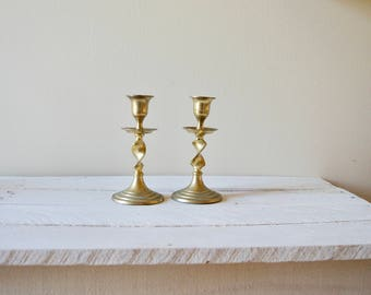 Vintage Twisted Candlesticks || Set of 2 Brass Candleholders