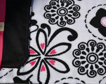 Black w/ Flower & Heart Fleece - Waterproof Baby Changing Pad (Made to Order)