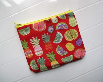 Small purse with Tropical fruits