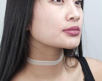 Lace Cream Choker - TinyLittlePiecesShop