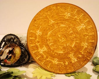 Round engraved Aztec 1910 embellishment wooden creations