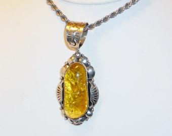 Grand amérindienne Navajo signé ambre pendentif, bijoux