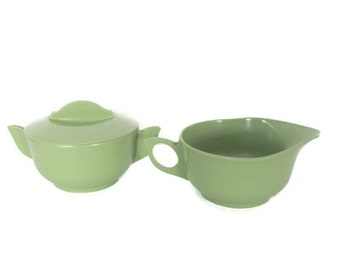 Vintage Melmac, 1960's Avocado Green Creamer and Sugar Bowl, Melmac Dishes, Mid Century Kitchen