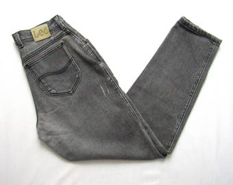 Vintage 1990s Women's LEE High Waist black Jeans ~ measure 27 x 29.25 ~ Relaxed Fit ~ Mom Jeans ~ Distressed