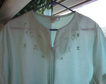 Heavenly Bodies Seafoam Green House Dress/Lounge Wear with Embroidery Size Large